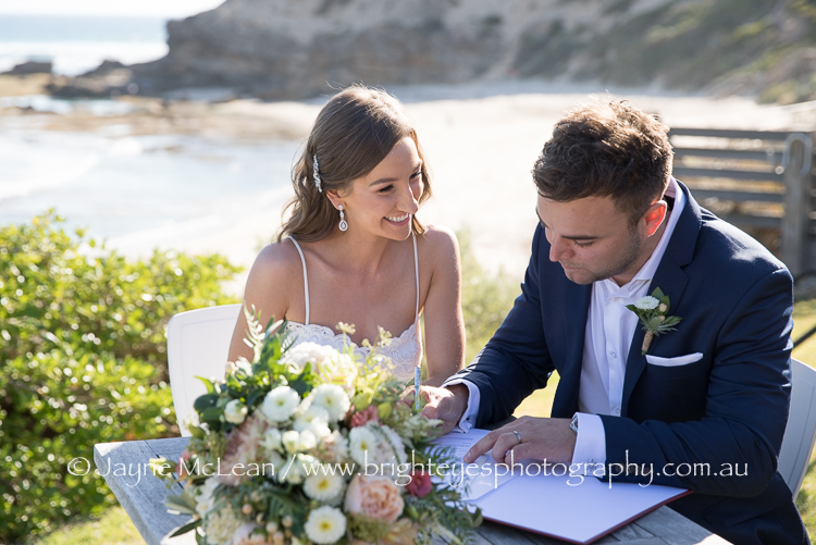 Mornington peninsula wedding photography, Mornington peninsula wedding photographer, all smiles Sorrento wedding photography, Sorrento wedding, Mornington peninsula beach wedding locations, bright eyes photography