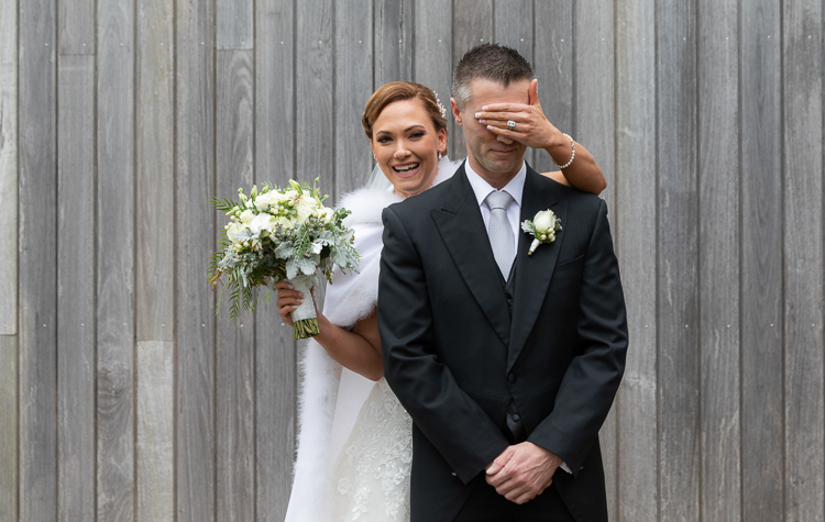 peppers monad links wedding bride and groom first look